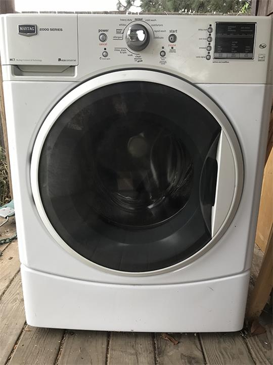 Maytag 2000 Series Front Load Washer And An Older Dryer Gorge Clifieds